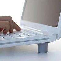 4pcs/Set Corner Office Comfortable Portable Laptop Notebook Pad Radiating Protect Eyesight Slip-Resistant Mats Foot Stand Holder