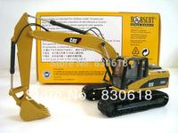 Norscot Caterpillar 323D L Excavtoar NEW 1:50 55215 Metal Tracks toy
