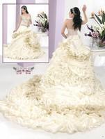 Custom-made Sweetheart Chapel Train Beadings Ruffle Organza and Taffeta Wedding Gown Arabic Wedding Dress