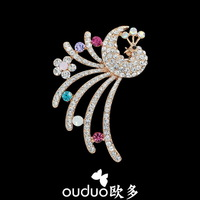 2014 Newest rhinestone brooches elegent  peacock brooch for women top quality gift jewelry $10 FREE shipping