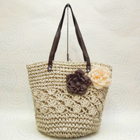 Free postage new handmade straw bag fashion simple atmospheric hollow shoulder idiot rattan beach bag