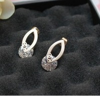 Luxury small cutout diamond sparkling fashion stud earring rose gold titanium crystal female accessories