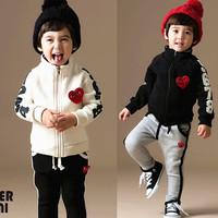 2014 children clothing sets fashion sweatshirt trousers sports set lovely set free shipping