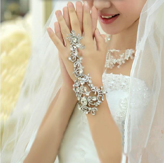 Vintage flower rhinestone bride chain marriage accessories bracelet ring wedding accessories
