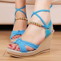 In the summer of 2014 female New Sweet Princess slope with thick bottom bead color slope platform high-heeled sandals