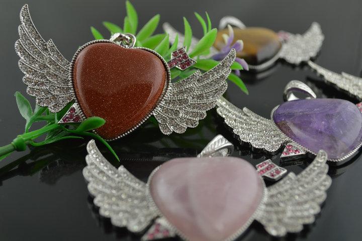 10PCs Wholesale Natural stone heart pendants A arrow through heart Jewelry Fashion women present Pink Brown Purple Heart(China (Mainland))
