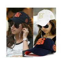 freeshipping 2013 new design fashion korea B letter  cotton popular embroidery baseball cap ,women sun hat