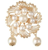 Free Shipping Korean fashion elegant luxury pearl wreath brooch scarf buckle dual brooches LY-Y050