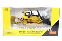 Norscot CAT D11T Track-Type Tractor with Metal Tracks, 1:50 Scale, 55212 toy