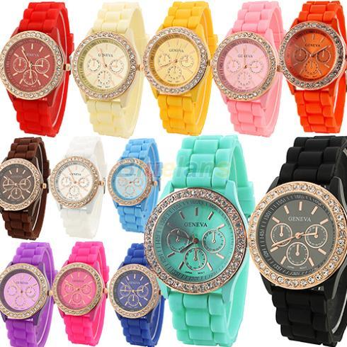 Fashion Geneva Wristwatch Vintage Golden Crystal Rhinestone Watches Silicone Strap Quartz Wrist Watch for Ladies Women 03QB(China (Mainland))