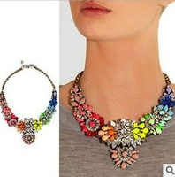 Vintage Style Rainbow Flower Big Gold Necklace For Women Exaggerated Fashion Jewelry Silver Flower Pendant C15