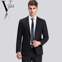 The new 2014. Men's suits. Men's cultivate one's morality. Korean business suits. The groom wedding dress. A professional outfit