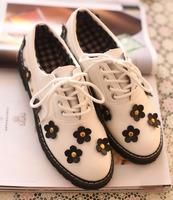 2014 spring new arrival color block flower rivet women's shoes fashion vintage  japanned leather shoes women's casual shoes