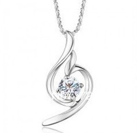 SUPER DEAL  Made With Swarovski Element Angel Wing Crystal Heart Pendant Necklace Fashion Christmas Bridal Jewelry