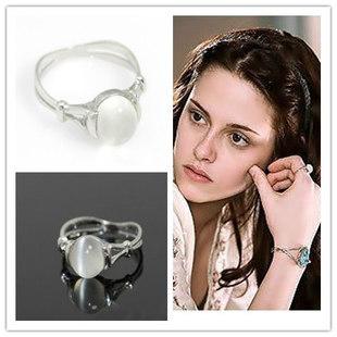 2013 Fashion jewelry bijoux jewelry. Twilight Jewelry Bella Moonstone Wedding Ring Engagement Birthday Valentine's Day(China (Mainland))