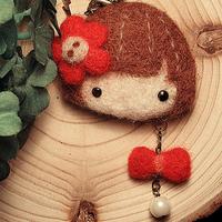 Circle wood wool felt poke fun material kit diy mobile phone chain