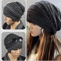 Min.order is $5(mix order) 2014 Autumn NEW Unisex Womens Mens Knit Baggy Beanie Beret Hat Winter Warm Oversized Ski Cap 80121
