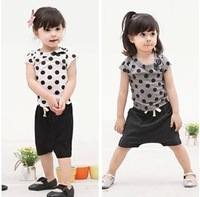 2014 new summer children's clothing wholesale girl casual suit kids polka dot short-sleeved T-shirt + Shorts sets free shipping