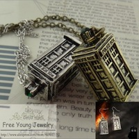 2014 Hot Doctor Who New Pendant Necklace Classics TARDIS Long Necklace Vintage House Green Rhinestone Chain Necklaces Earrings