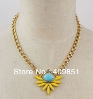 Cute Gold Chains Crystal Yellow Flower Necklace Choker Chunky Party Punk Free Shipping Women Fashion Jewelry High Quality Celebs