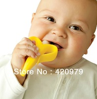 Hot selling Funny soft safe silcone banana shape baby toothbrushes for teething toothbrush for infants as baby teether oral care