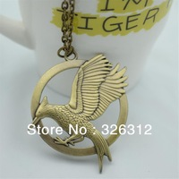 Wholesale New Fashion accessories costume Jewelry Personality Stereo The Hunger Games 2 logo Bird Necklace Women Men Boy RJ589