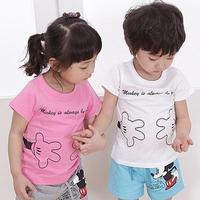 2014 new children's summer clothing 2 pcs suit  girls and boys cartoon Mickey short-sleeve T-shirt + shorts set Free shipping