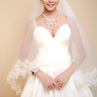 A bridal veil 3 meters 1.5 meters vintage big laciness long veil wedding accessories Free shipping