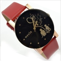 Couples watch men and women lovers table