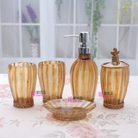 Fashion palace style resin bathroom set of five pieces  luxury jade-like bathroom supplies 2 colors giftbox  house-warming