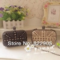 High Quality rivet skull hasp female fashion day clutch evening bag European American trend banquet bag long chain