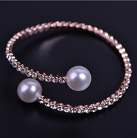 Classic rhinestone four leaf clover and pearl bangles for women gold plated gifts high quality jewelry free shipping