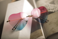 icecream rainbow color gradient color sweet heart-shaped sunglasses woemn Sunglasses