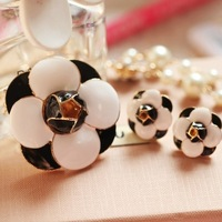 free shipping elegant OL style camellia flower brooch and earrings jewelry set