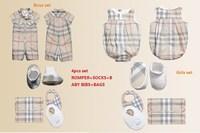 Retail 2014 fashion newborn baby boys Girls 4pcs set baby clothing set romper+socks+bibs+ bags gift set Free shipping Wholesale