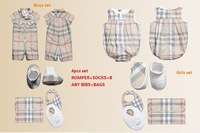 Retail 2014 fashion newborn baby boys Girls 4pcs set baby clothing set romper+socks+bibs+ bags gift set Free shipping Wholesale