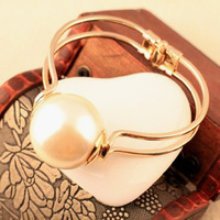 Fashion street ! Elegant women Big pearl bangle jewelry for women ! Free shipping crystal shop