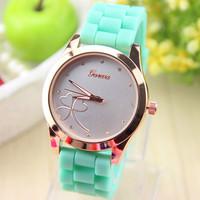 7 colors Fashion Crystal Silicone Geneva Watch for Women Dress Watch Quartz Watches 1pcs/lot