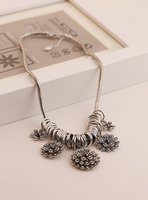 Fall in love 2014 spring and summer high quality fashion necklace flower necklace