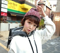 Knitting hat fashion the Korean version Black Red Women in the winter stripe mixed color pointed cap