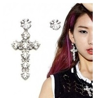 (Min Order $10 +Gift)+Free Shipping!  The new personality gem cross asymmetric Earrings   E238