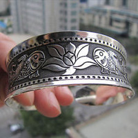 wholesale 10pcs < 5Pair > MAN Beautiful Jewelry Beautiful Jewelry Tibet silver Flower Fish Totem Lucky bracelet Cuff Bangle