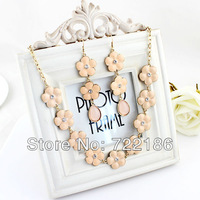 Fashion Jewelry sets Charming Flower Beige Enamel Necklace and Dangle Earrings  for Women