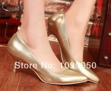 popular gold shoes wedding