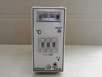 Omron temperature controller E5EM-YR4K 100/110 200/220VAC Industrial equipment