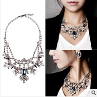 2014 Free shipping baroque blue gem crystal lattice Statement Necklace costume wedding party Queen
