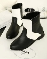 2014 New Arrival Autumn And Winter Black and White Color Block Decoration Flat Shoes Fashion Ankle Boots Pointed Toe Women's