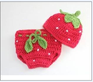 CROCHET STRAWBERRY HAT BABY ? Only New Crochet Patterns