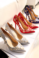 Fashion embroidery satin fabric pointed toe high-heeled shoes single shoes wedding shoes