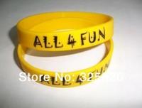 Customized yellow solid  Silicone Wristband with black logo imprint bracelet,popular fashion promotion gift wristband